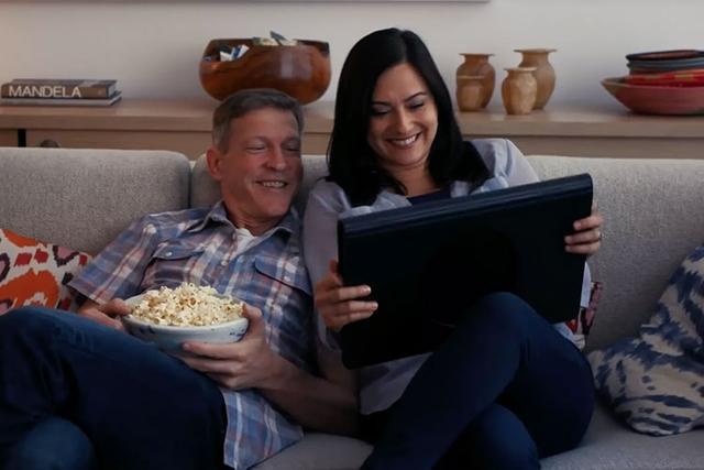 Samsung Galaxy View 2 — огромный планшет или портативный телевизор?