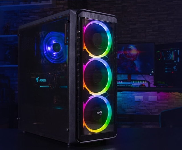 ПК-корпус Aerocool SI-5200 RGB: две секции и три вентилятора с RGB-подсветкой
