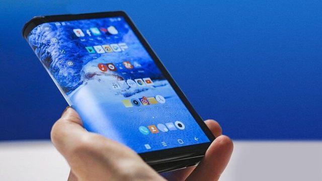 Xiaomi признала, что ее складной смартфон не дотягивает до конкурентов